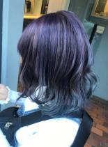 個性派グラデーションカラー(髪型ミディアム)