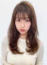 大人かわいい小顔レイヤー(髪型ロング)