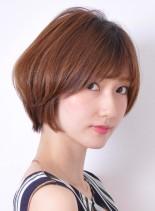 カットでメリハリ大人のショートスタイル(髪型ショートヘア)