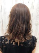 ゆるふわロングボブ(髪型ミディアム)