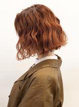肌馴染みがいいオレンジカラー(髪型ボブ)