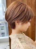 大人かわいい小顔ひし形ショート(髪型ショートヘア)