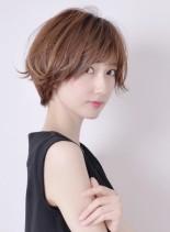 毛先の動きが可愛いショートスタイル(髪型ショートヘア)