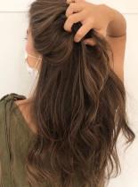 夏にぴったり★ハイライトブレンドカラー(髪型ロング)