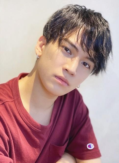 無造作ニュアンスマッシュ黒髪(ビューティーナビ)