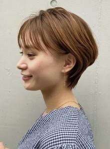 耳掛け☆ふんわりショートヘア(ビューティーナビ)