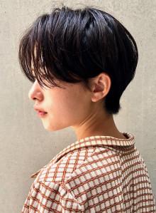 センター分け☆ハンサムショート(ビューティーナビ)
