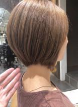 大人に似合うショートボブ(髪型ショートヘア)