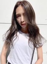 外国人風透け感カラー(髪型ロング)