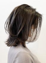 透明感カラーでつくるくびれミディアム (髪型ミディアム)