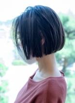 シンプルなワンレンボブ(髪型ショートヘア)