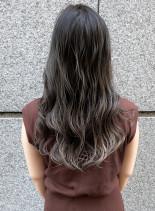 外国人風透明感カラーロングカット(髪型ロング)
