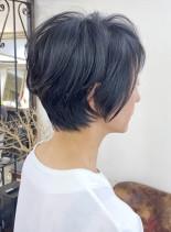 小顔ショート(髪型ショートヘア)