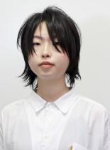 無造作でかっこかわいい黒髪ショートウルフ(髪型ボブ)