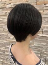 前髪なしショートボブ(髪型ショートヘア)