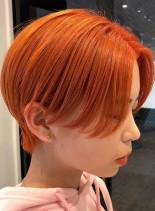 オレンジカラーショートカット(髪型ショートヘア)