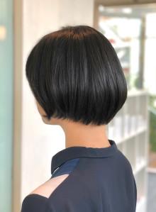 艶髪マッシュボブ