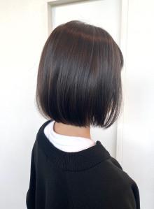 黒髪ストレートボブ(ビューティーナビ)