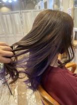 インナーカラーパープル(髪型ロング)