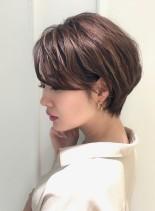 大人カジュアルなくびれショートレイヤー(髪型ショートヘア)