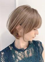 美人に見せる大人綺麗なショートボブ(髪型ショートヘア)
