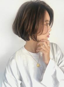 30代40代 小顔ひし形ショートボブ  (ビューティーナビ)