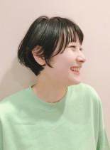 シースルーバング(髪型ショートヘア)