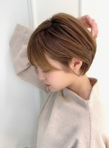 大人可愛い小顔ひし形ショートヘア(髪型ショートヘア)