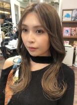 くびれで細見え☆韓国風ロングヘア(髪型ロング)