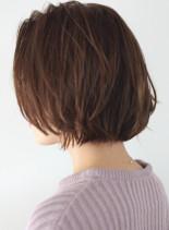 外ハネ丸みレイヤーミニボブ(髪型ボブ)