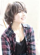 キーラ・ナイトレイ風 ショート (髪型ショートヘア)