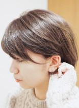 耳にかけても可愛い丸みショートボブ(髪型ボブ)