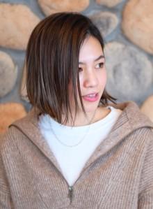 大人ハイライトカラー☆外ハネボブ(ビューティーナビ)