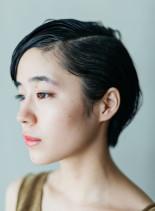大人のナチュラルモードスタイル(髪型ショートヘア)