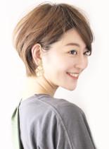 30代40代ナチュラルひし形ショート(髪型ショートヘア)