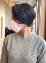 スレンダーネックショート(髪型ショートヘア)