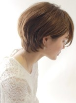 大人の耳掛けふんわりショート☆(髪型ショートヘア)
