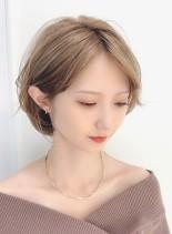ひし形シルエットの小顔ショートレイヤー(髪型ショートヘア)