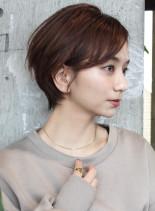 30代40代 ナチュラル耳掛けショート(髪型ショートヘア)