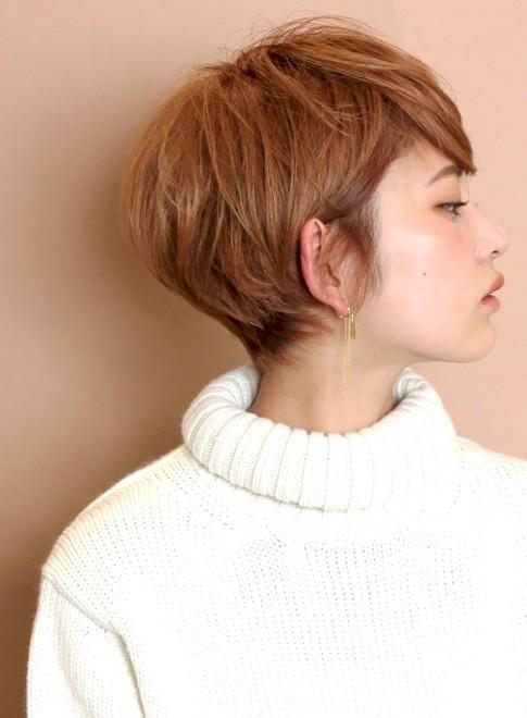 分け目のない☆大人のマッシュショートヘア(ビューティーナビ)