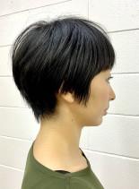 オトナ女子の黒髪ショート(髪型ショートヘア)