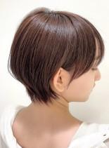シルエット綺麗な大人美人ショートヘア(髪型ショートヘア)