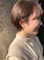 耳に掛けられる◎ふんわり丸みショート(髪型ショートヘア)
