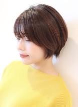 大人女性に人気の前下がりショートボブ(髪型ショートヘア)