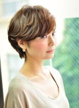 大人かわいいゆるパーマ(髪型ショートヘア)