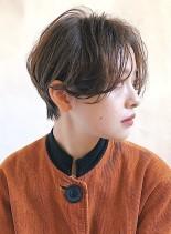 耳にかけられる☆センター分けショート(髪型ショートヘア)