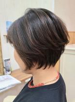 脱白髪染めハイライト◎大人小顔ショート(髪型ショートヘア)
