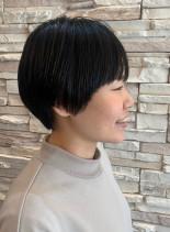 細めハイライト 前髪あり大人ショート(髪型ショートヘア)