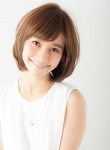 マッシュ風フェミニンショート(髪型ボブ)