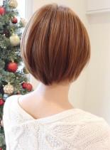 大人可愛いストレートナチュラルショート(髪型ショートヘア)